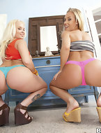 Juicy ass Blondes With Blue Eyes Feat. Beauty Vain, Nicole Aniston